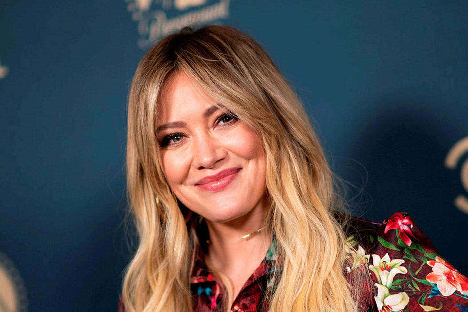 Hilary Duff er uppgefin mamma þessa dagana.