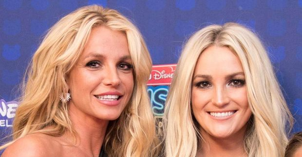 Hér má sjá systurnar Britney Spears (t.v.) og Jamie Lynn en sú síðarnefnda hefur nú …