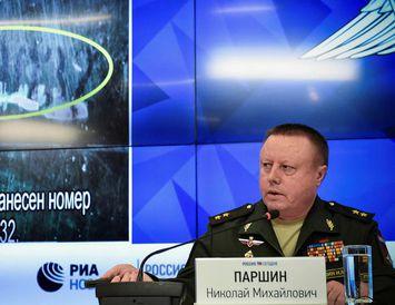 Nikolai Parshin á blaðamannafundi rússneska varnarmálaráðuneytisins í Moskvu í dag.