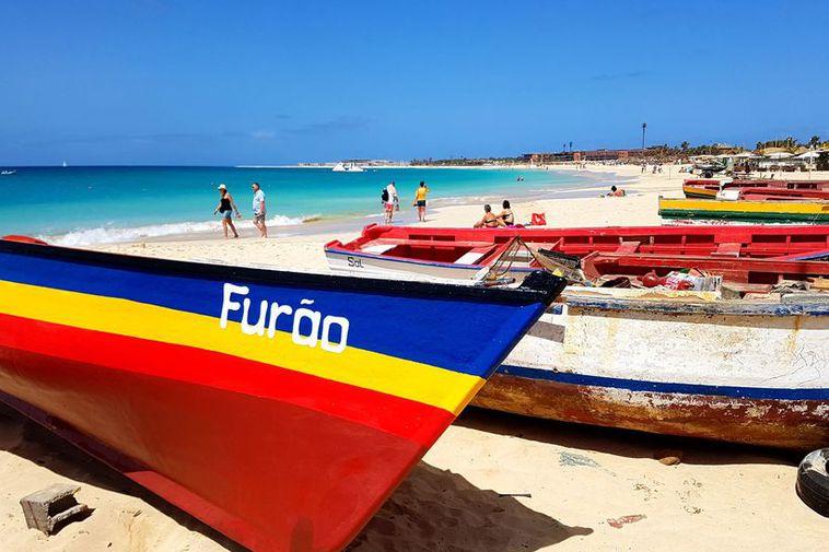Cabo Verde ar ea clustser of islands 570 km off the west coast of Africa.