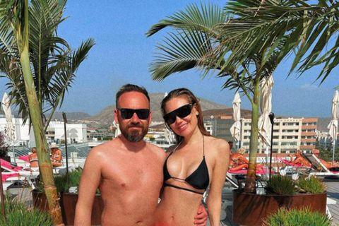 Eiður Birgisson kvikmyndaframleiðandi og Manuela Ósk Harðardóttir fegurðardrottning eru á Tenerife.