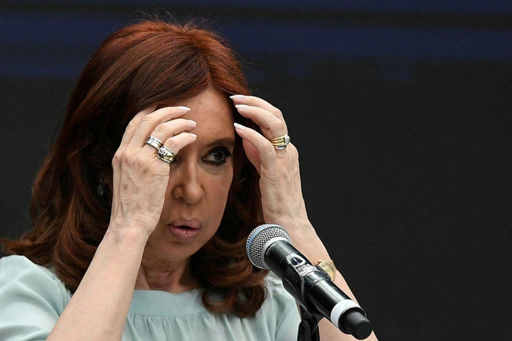 Cristina Fernández de Kirchner, fyrrverandi forseti Argentínu, er ásökuð um …