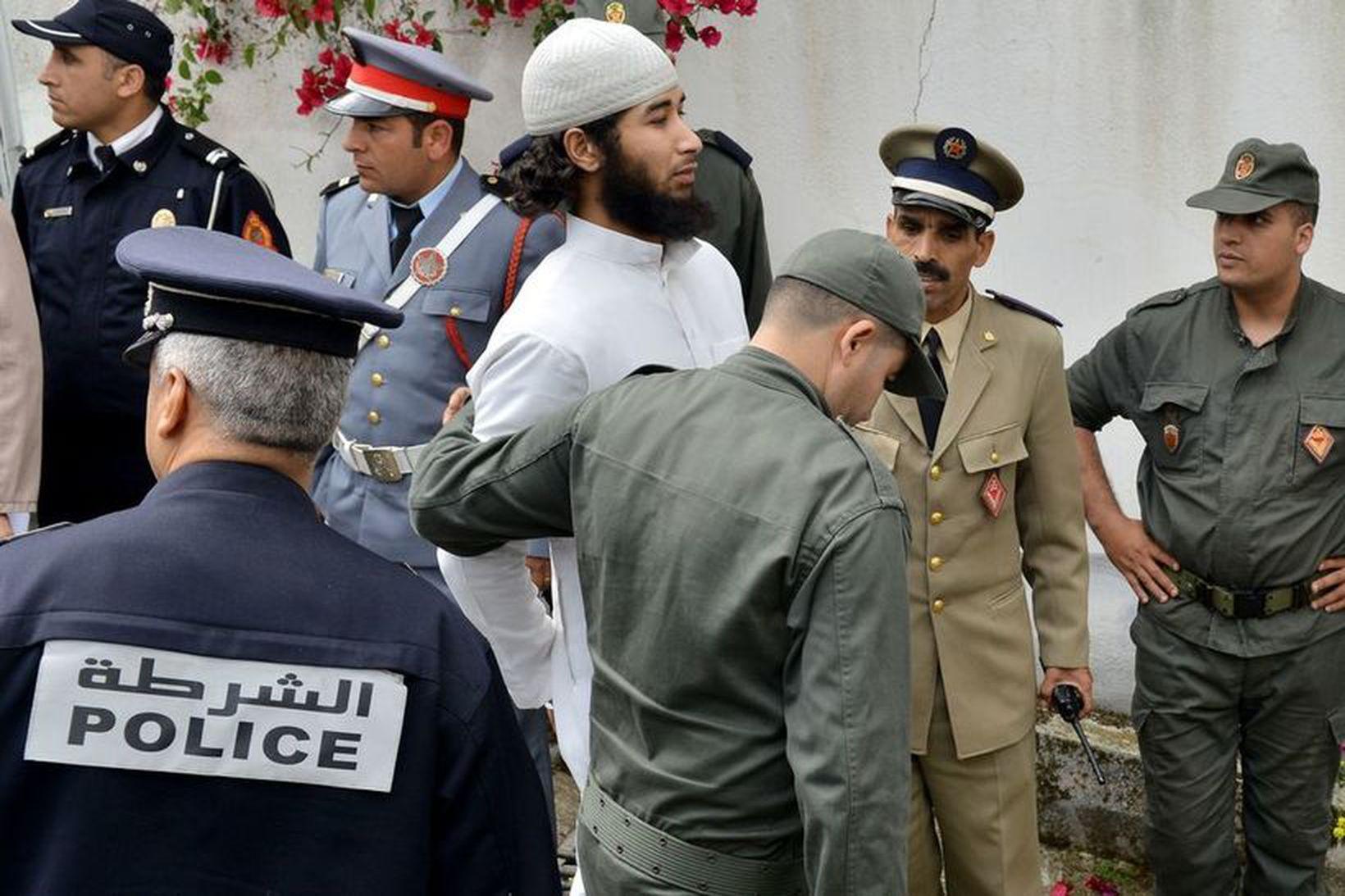 Abdessamad El Joud, sem talinn er höfuðpaurinn í hinu óhugnanlega …