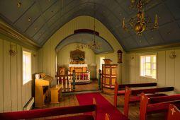 Miðgarðakirkja, kirkjan í Grímsey, var mjög falleg en er nú brunnin.