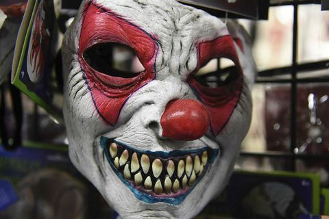Evil clown masks can be very scary so no wonder people get uncomfortable.