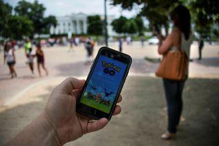 Pokémon Go naut ótrúlegra vinsælda síðasta sumar.