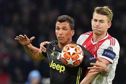 Mario Mandzukic í leik með Juventus.