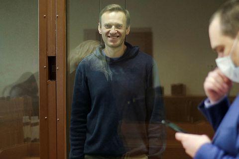 Alexei Navalní í dómsal.