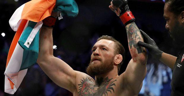 Conor McGregor er snúinn aftur í búrið og gott betur en það.