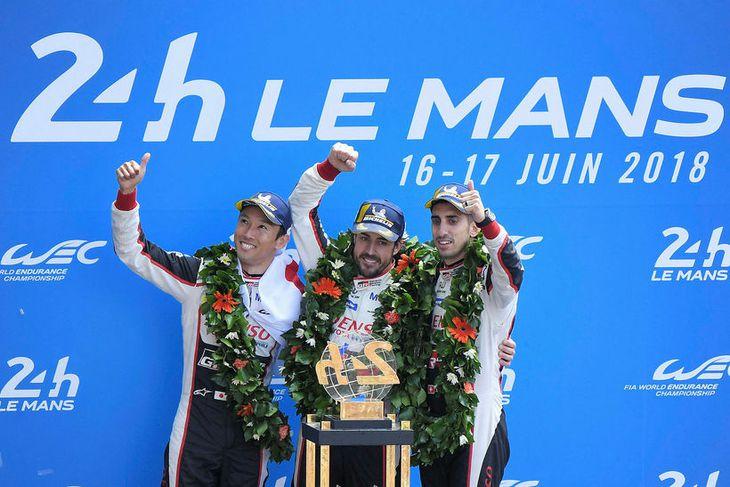 Sigurtríó Toyota í Le Mans (f.v.) : Kazuki Nakajima Fernando Alonso og Sebastien Buemi.