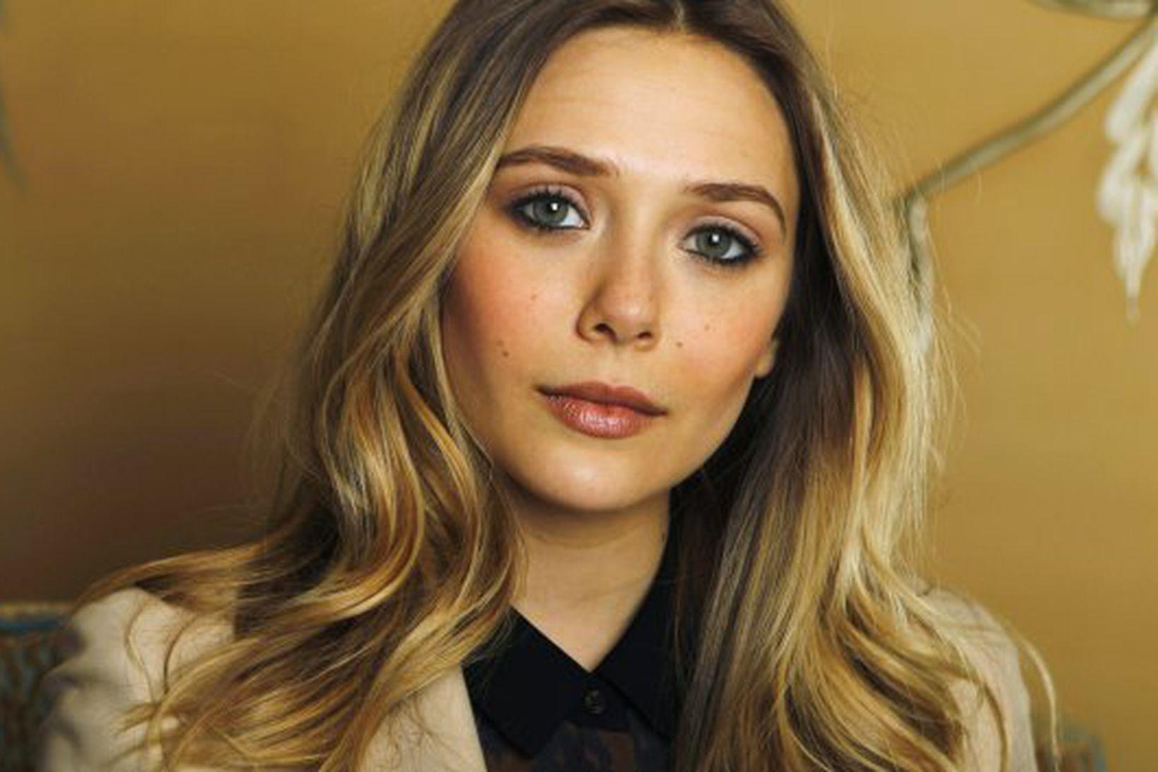 Elizabeth Olsen er yngri systir Ashley og Mary Kate Olsen.