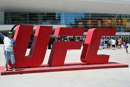 Salan á UFC var kláruð um helgina, en þá fór einnig fram stærsta bardagakvöld samtakanna …