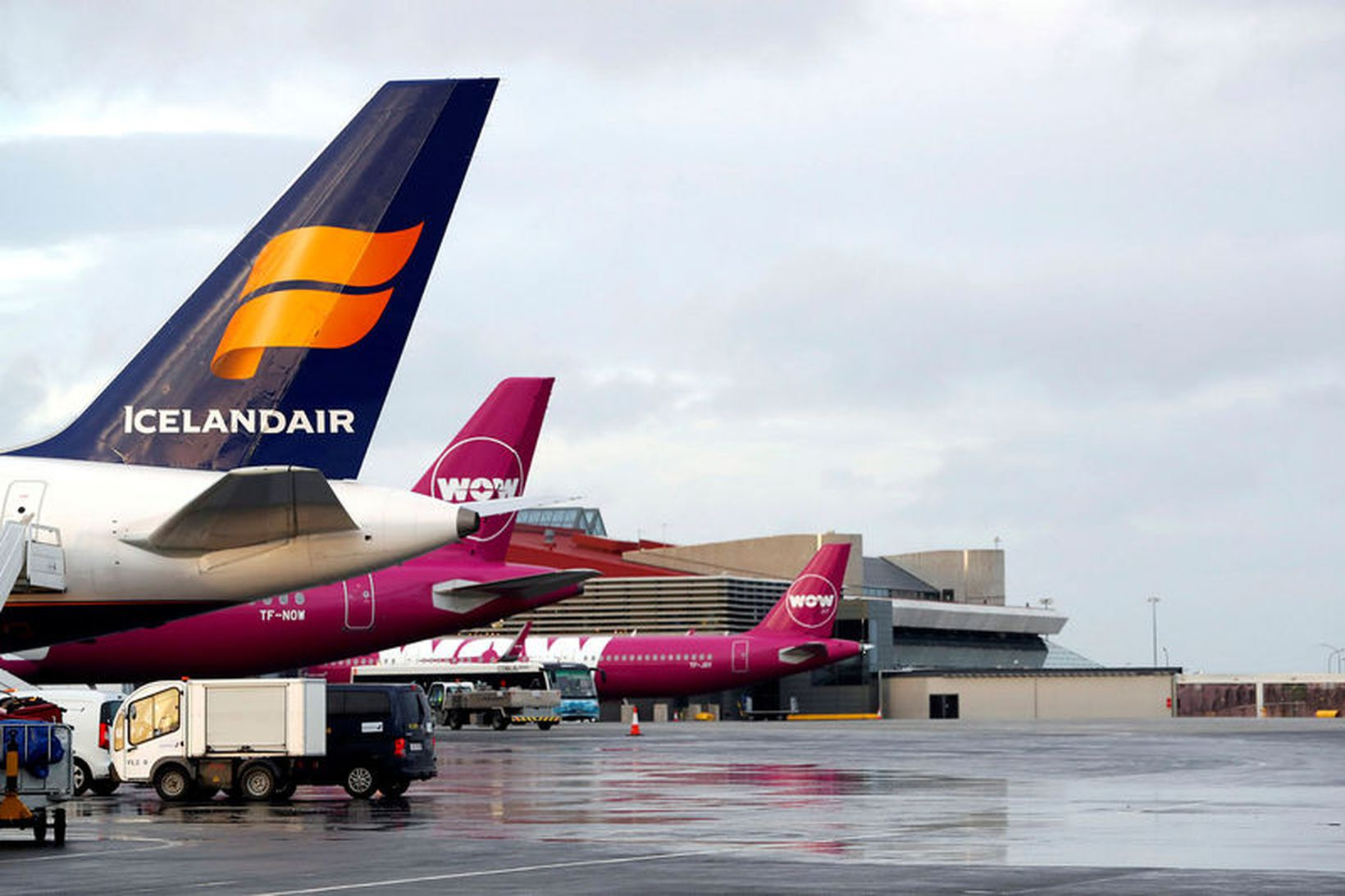 Gengi Icelandair lækkar mikið í morgunsárið.