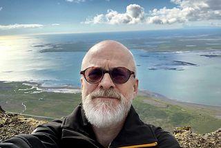 Gunnar er sjávarútvegsfræðingur og deildarstjóri atvinnuþróunardeildar Troms-fylkis.