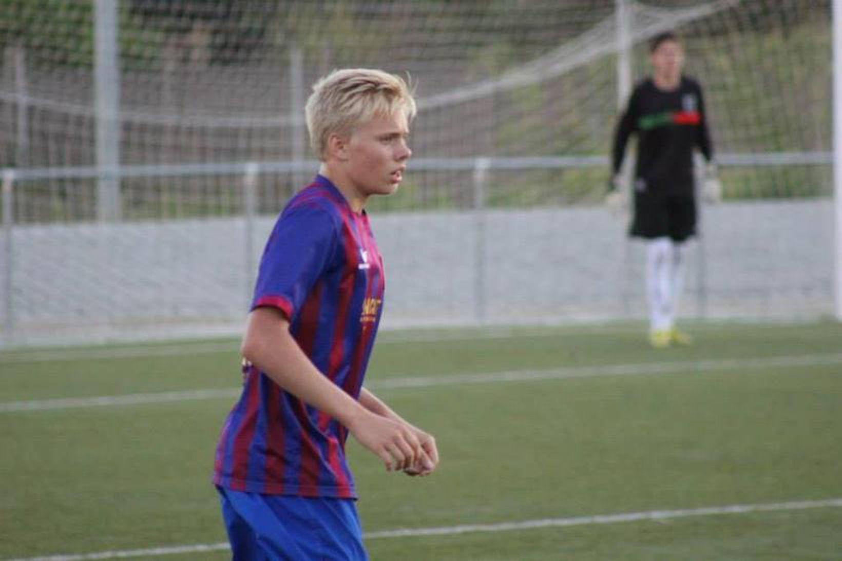 Sveinn Aron Guðjohnsen í leik með CF Gava.