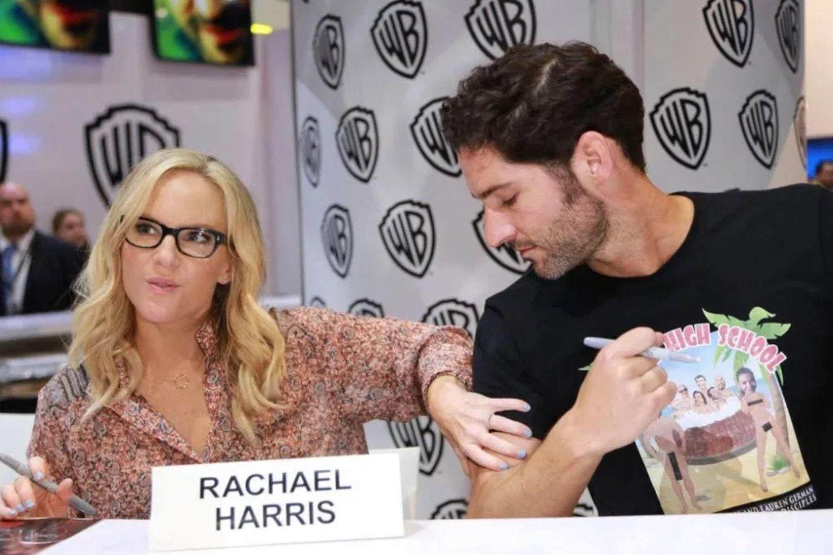 Rachel Harris ásamt meðleikara sínum Tom Ellis sem leikur einmitt …