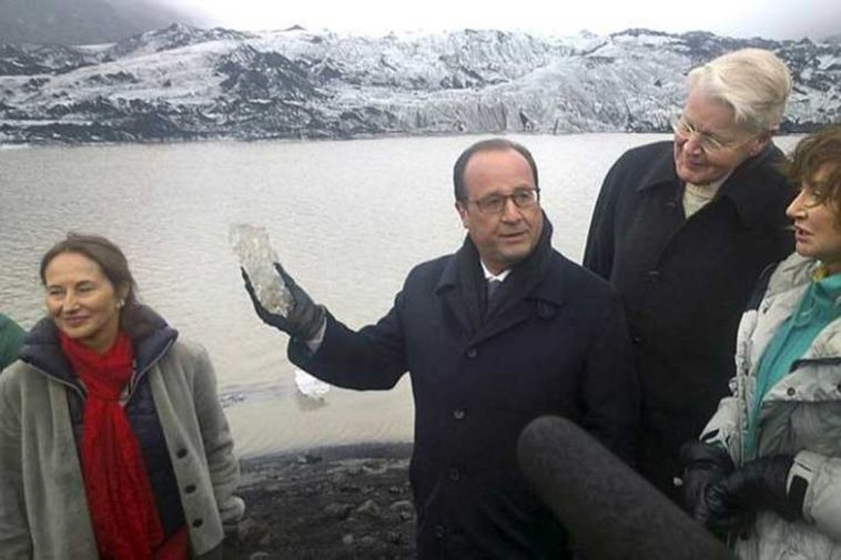 Hollande at Sólheimajökull glacier with French Environment Minister, Ségolène Royal, and the President and First ...