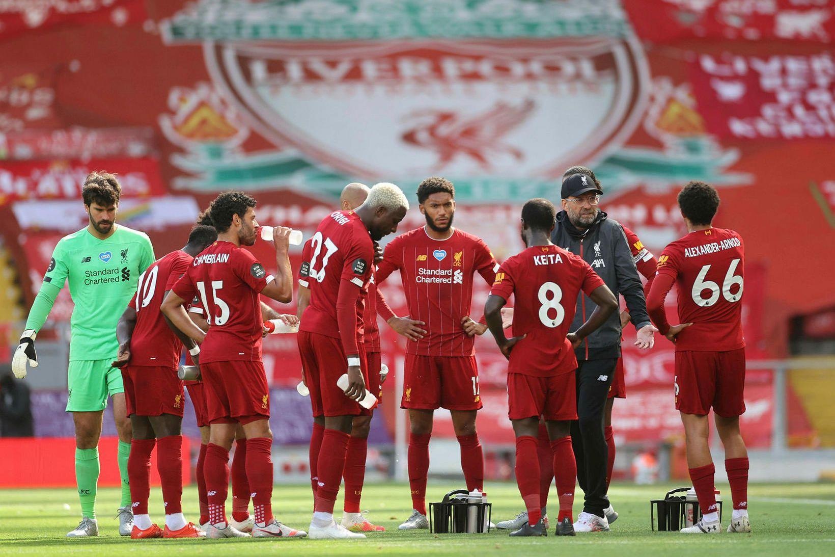 Liverpool var með mikla yfirburði í ensku úrvalsdeildinni á tímabilinu.