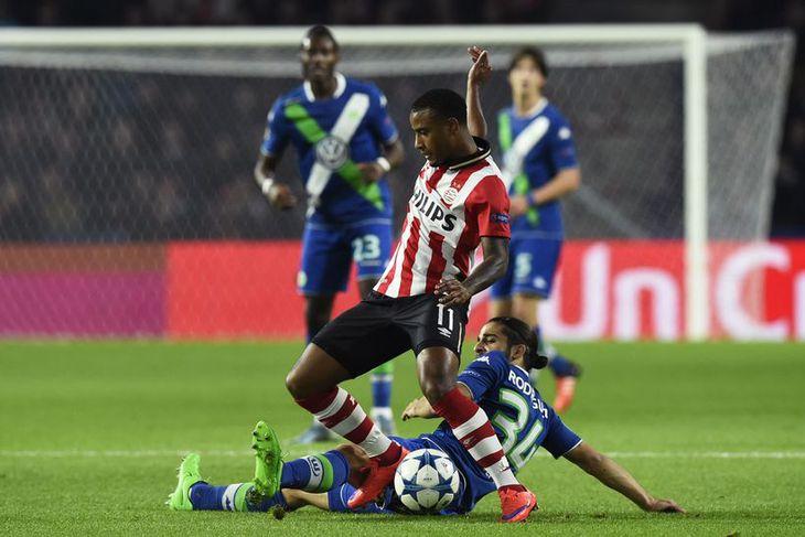 Hollenski landsliðsmaðurinn Luciano Narsingh er kominn til Swansea City frá PSV Eindhoven.