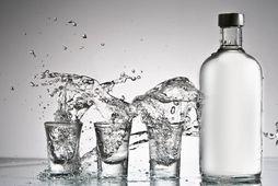 Vodka er ekki bara hressandi drykkur á laugardagskvöldi - það er einnig frábært til þrifa.