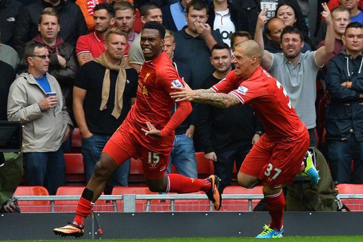 Daniel Sturridge fagnar ásamt Martin Skrtel eftir að hafa komið Liverpool yfir í dag.
