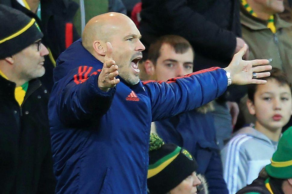 Freddie Ljungberg stýrði Arsenal í fyrsta skipti gegn Norwich um ...