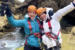 Æskuvinkonurnar María Finnbogadóttir og Ásthildur Ómarsdóttir.