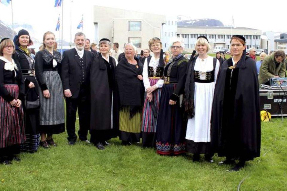 Frá hátíðarhöldum á Ísafirði.
