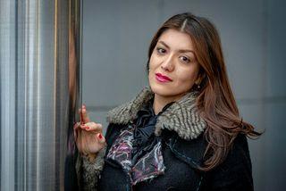 Nazanin Askari er femínisti og hefur setið í fangelsi fyrir stjórnmálaskoðanir sínar í Íran. Hún ...