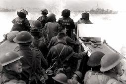 Kanadískir hermenn nálgast hina svonefndu Juno-strönd, 6. júní 1944.
