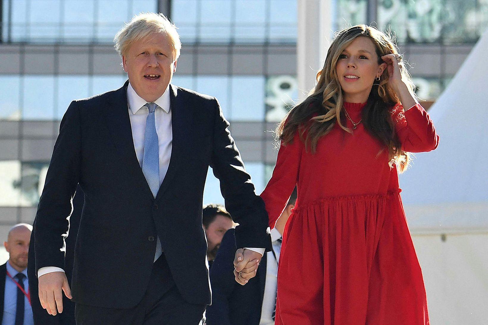 Boris og Carrie Johnson eiga von á sínu öðru barni …