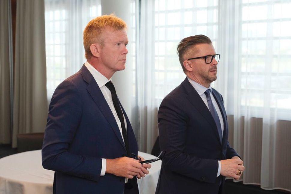 Þorsteinn Einarsson og Sveinn Andri Sveinsson, skiptastjórar þrotabús WOW, mæta ...