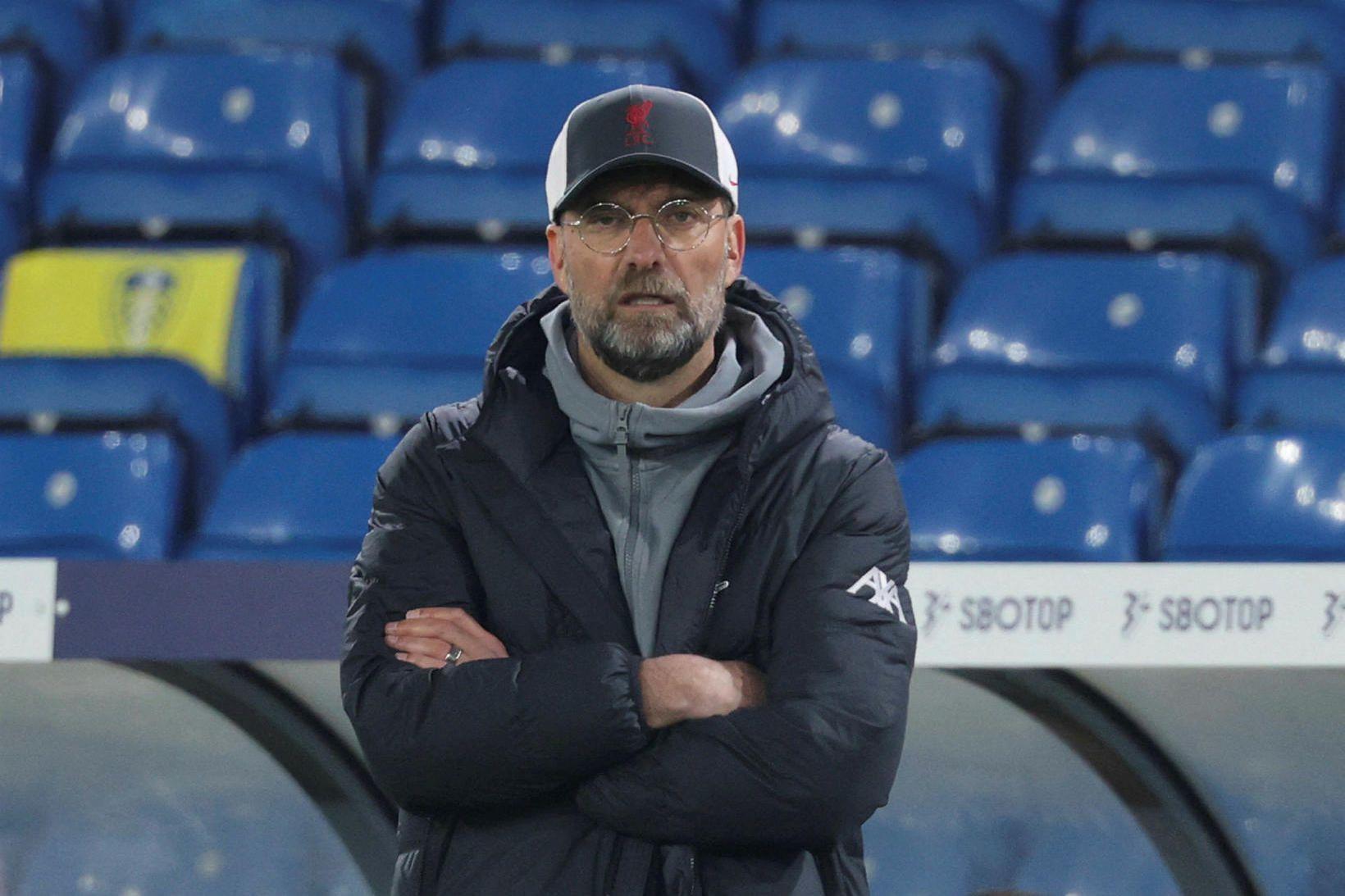 Jürgen Klopp fylgist með sínum mönnum í leiknum gegn Leeds …