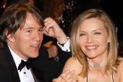 David E Kelley og Michelle Pfeiffer hafa verið gift í 27 ár og eiga saman …