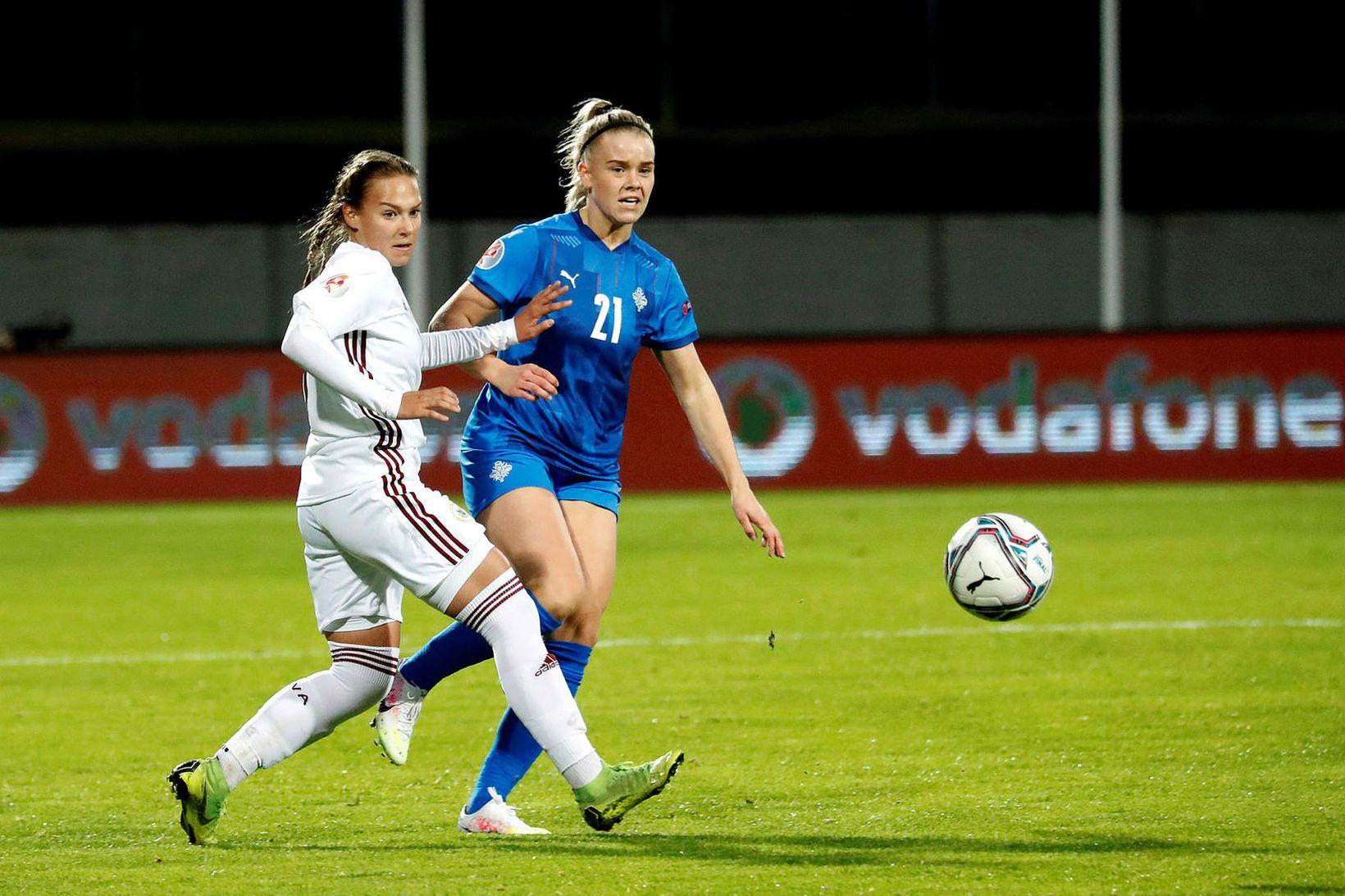 Barbára Sól Gísladóttir í landsleiknum gegn Lettum í september.
