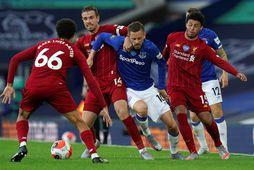 Gylfi Þór Sigurðsson í leik Everton og Liverpool á dögunum.