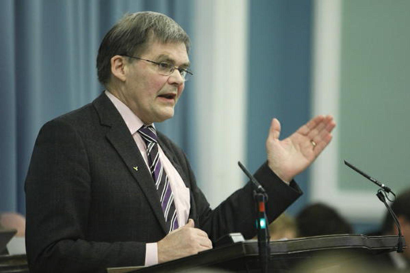 Pétur H. Blöndal alþingismaður.