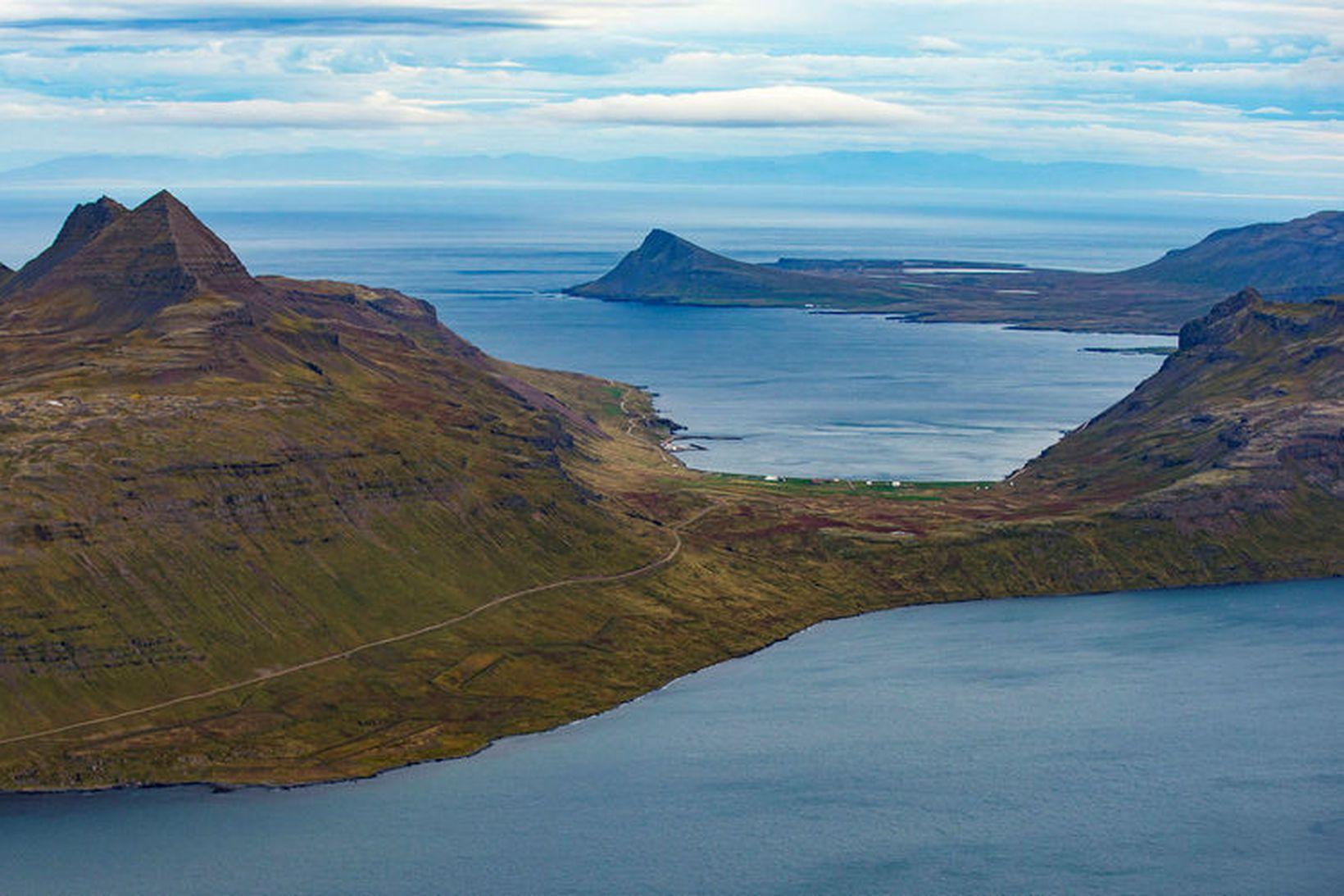 Í Strandasýslu er að finna stærstu ósnortu víðernin á landinu.