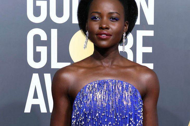 Lupita Nyong'o var í skóm af ódýrari gerðinni á Golden ...