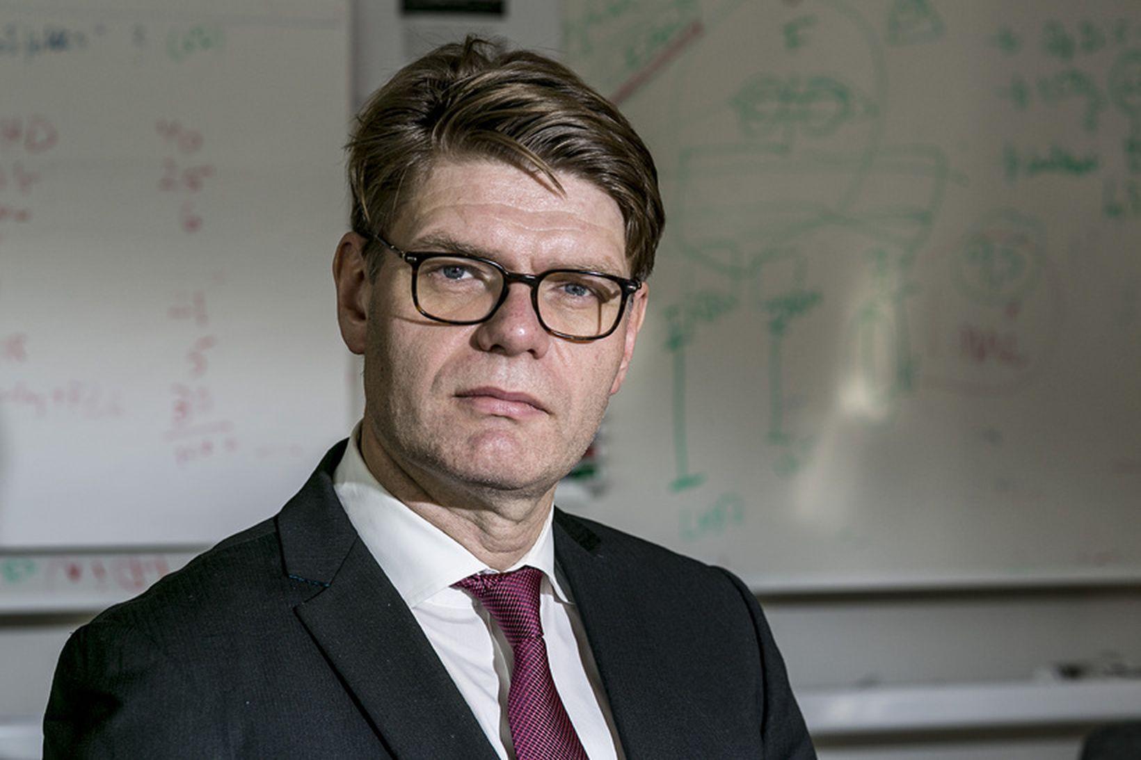 Björn Zoëga er nýr forstjóri Karólínska og segir hann starfið …