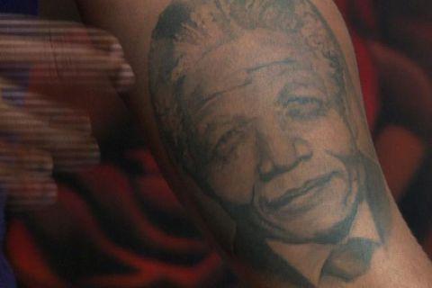 Minningu Mandela haldið á lofti