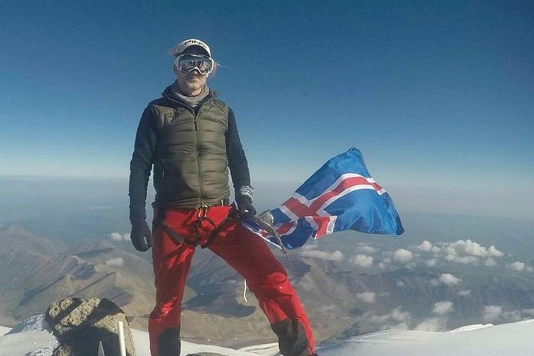 A photo of mountaineer John Snorri Sigurjónsson on Mount Amadablam in 2015.