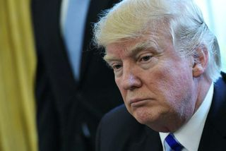Donald Trump í Hvíta húsinu er hann tjáði sig um ósigurinn.