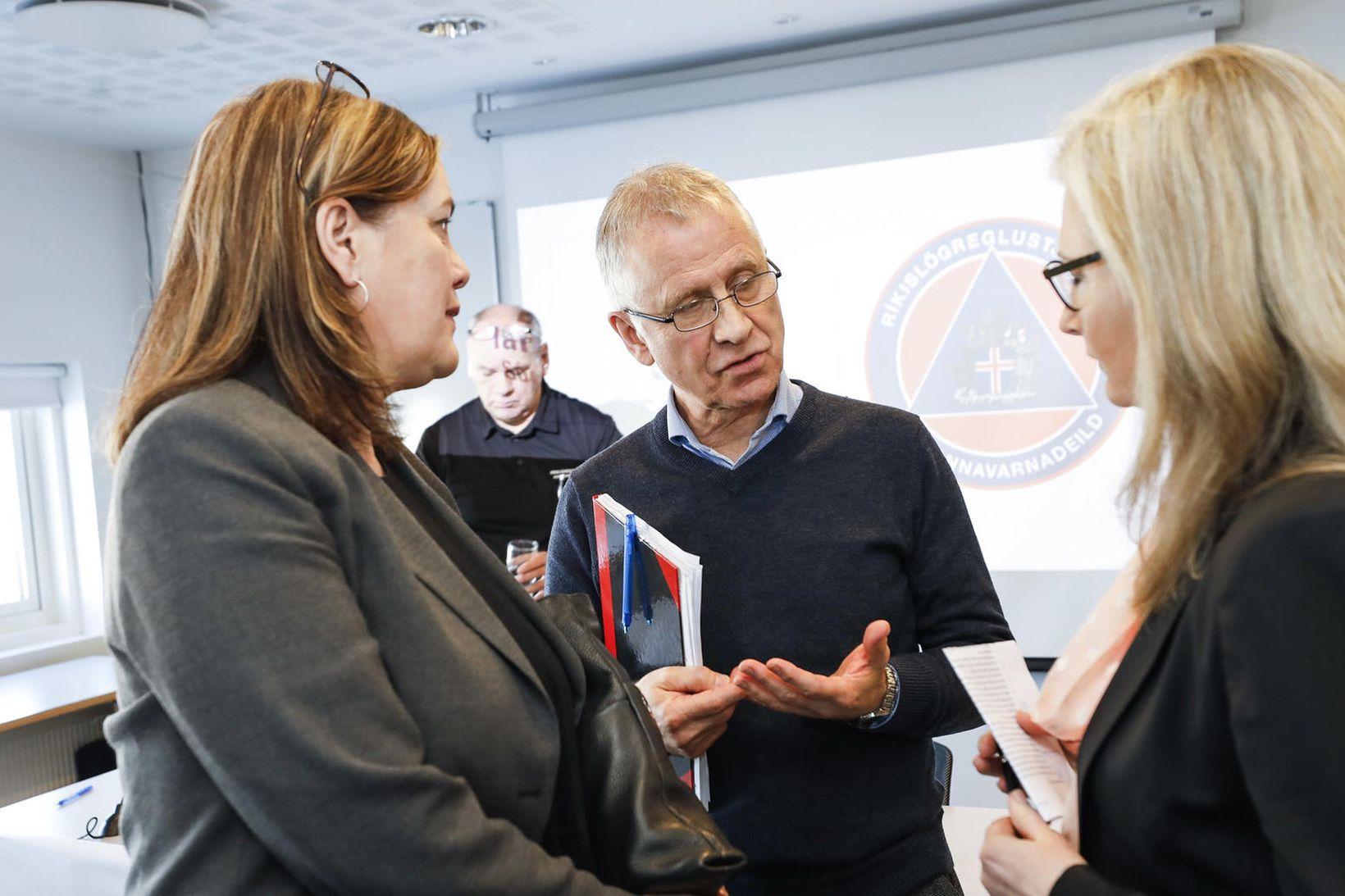 Svandís Svavarsdóttir, Þórólfur Guðnason og Alma Möller.
