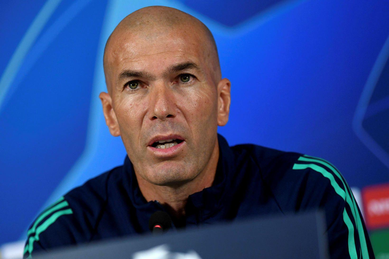 Zinedine Zidane á fréttamannafundi í Tyrklandi í dag.