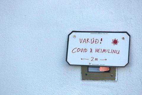 Yfir 45 þúsund manns hafaþurft að fara í sóttkví á Íslandi í ár.