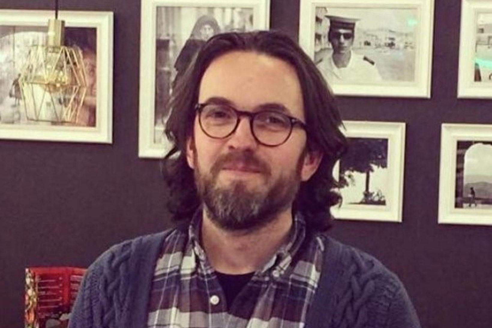 Karl R. Lilliendahl setti upp áhugaverða ljósmyndasýningu á Mokka kaffihúsi …