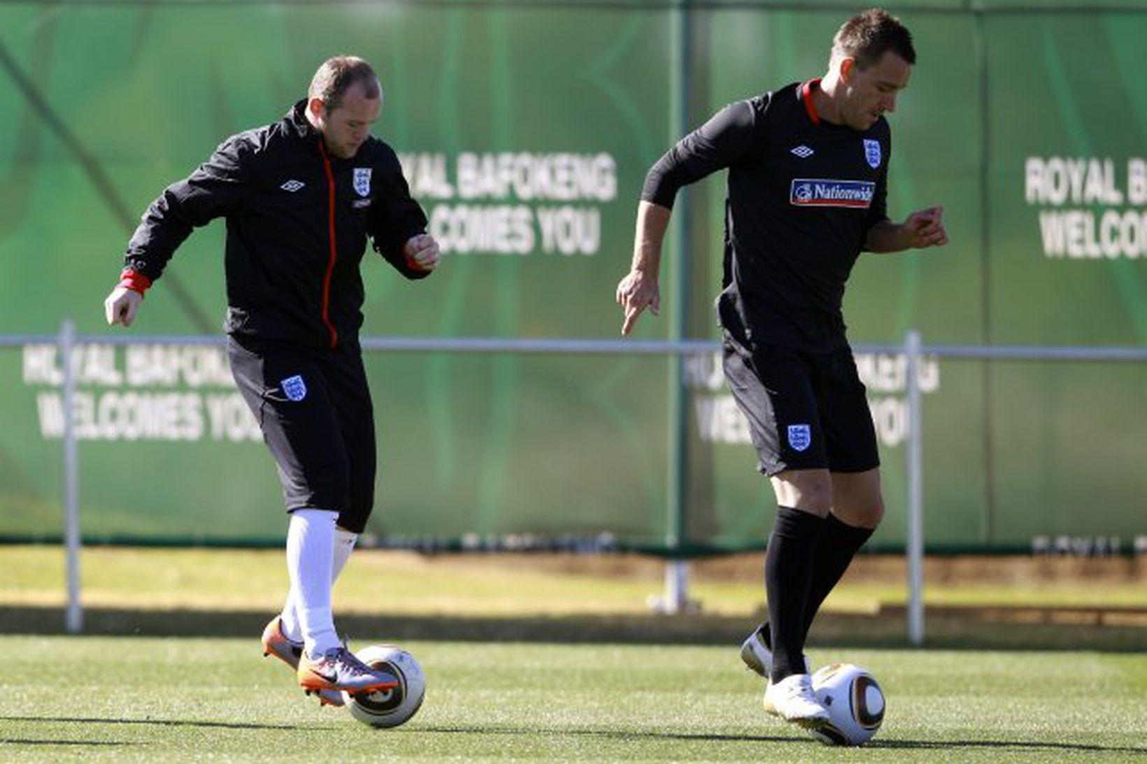 Wayne Rooney og John Terry.