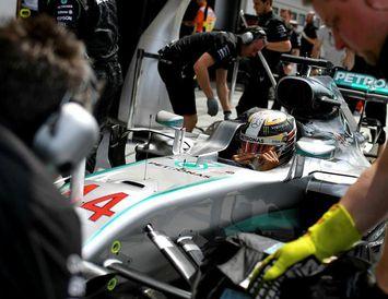 Lewis Hamilton á Hungaroring-brautinni.