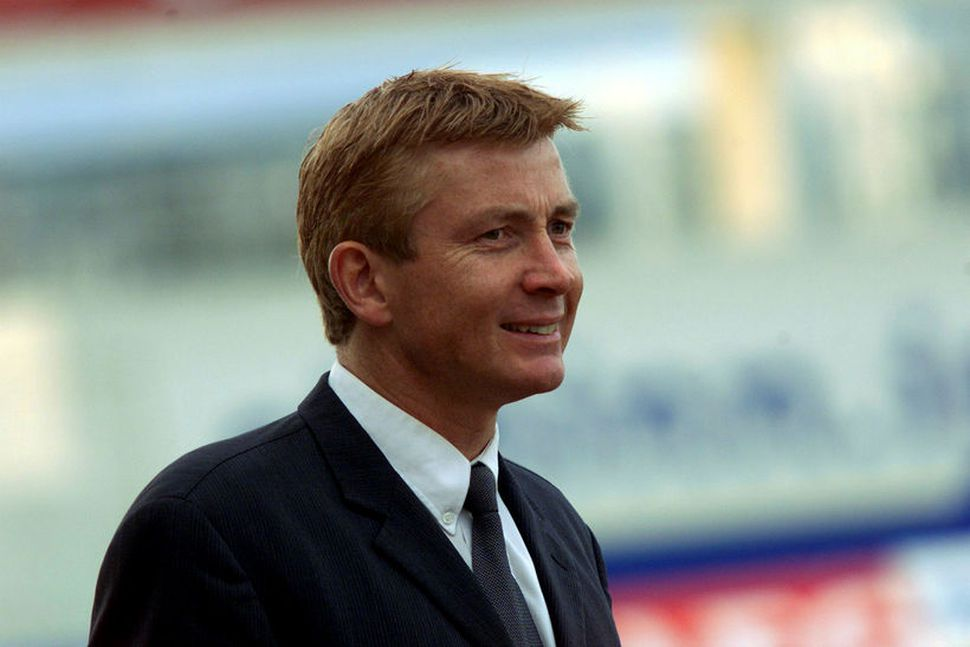 Atli Eðvaldsson er látinn, 62 ára að aldri.